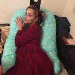 Теона Дольникова пожаловалась на чрезвычайно большой вес после родов