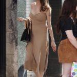 Анджелина Джоли на улицах Лос-Анджелеса