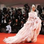 Как Леди Гага удивила всех на венецианском кинофестивале?