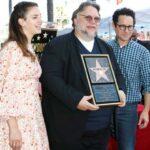 Гильермо дель Торо посвятил звезду на Аллее славы мигрантам