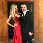 Антонио Бандерас с возлюбленной на благотворительном вечере Starlite Gala