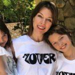 11-летняя дочь Милы Йовович дебютировала как модель